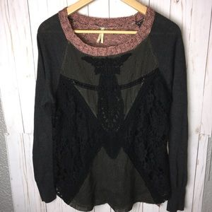 Gimmicks by BKE Buckle Mesh Lace Sweater SZ M
